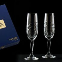 Champagne Set :: A touch of class combining the luxury of champagne along with a pair of lead crystal glasses housed in a brand enhancing presentation box.